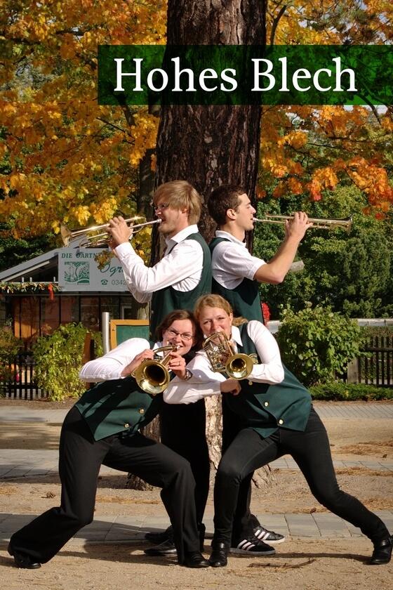 Kleine gruppe orchester holzhausen for Kleine esstisch gruppe